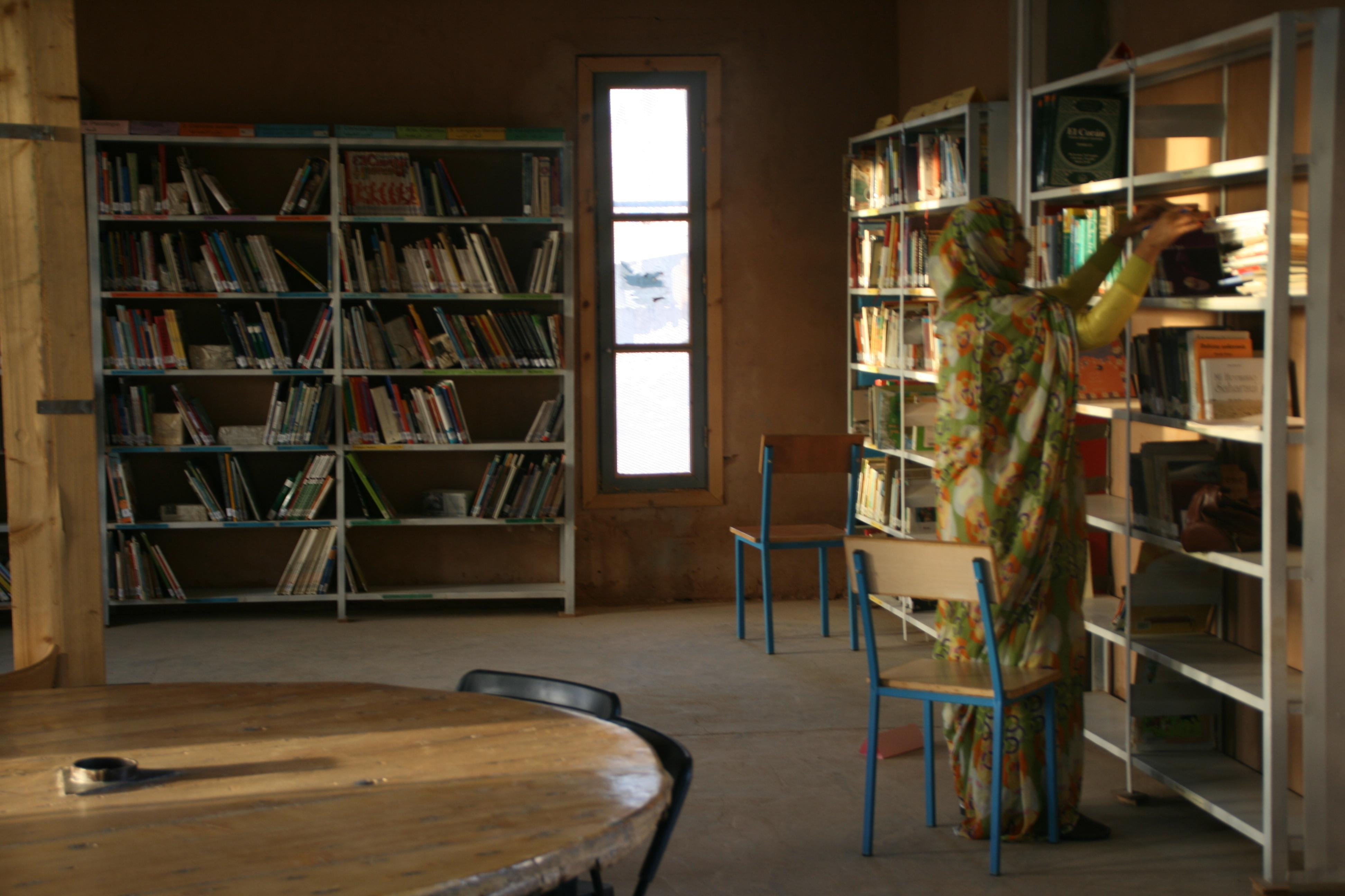 Interior de la Biblioteca Nido - Smara