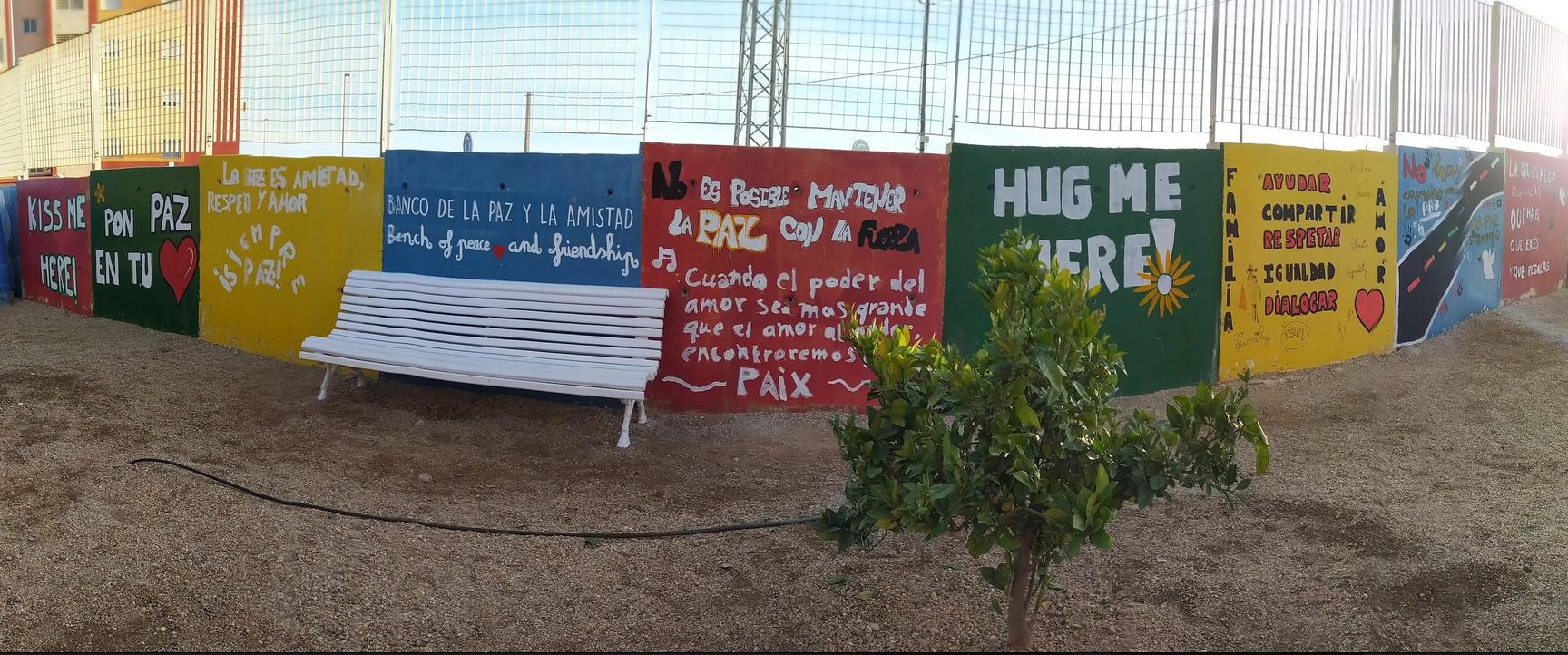 CEIP José Saramago: Bubisher y «Cinco globos para Luna» en nuestro día de la Paz y la No Violencia.